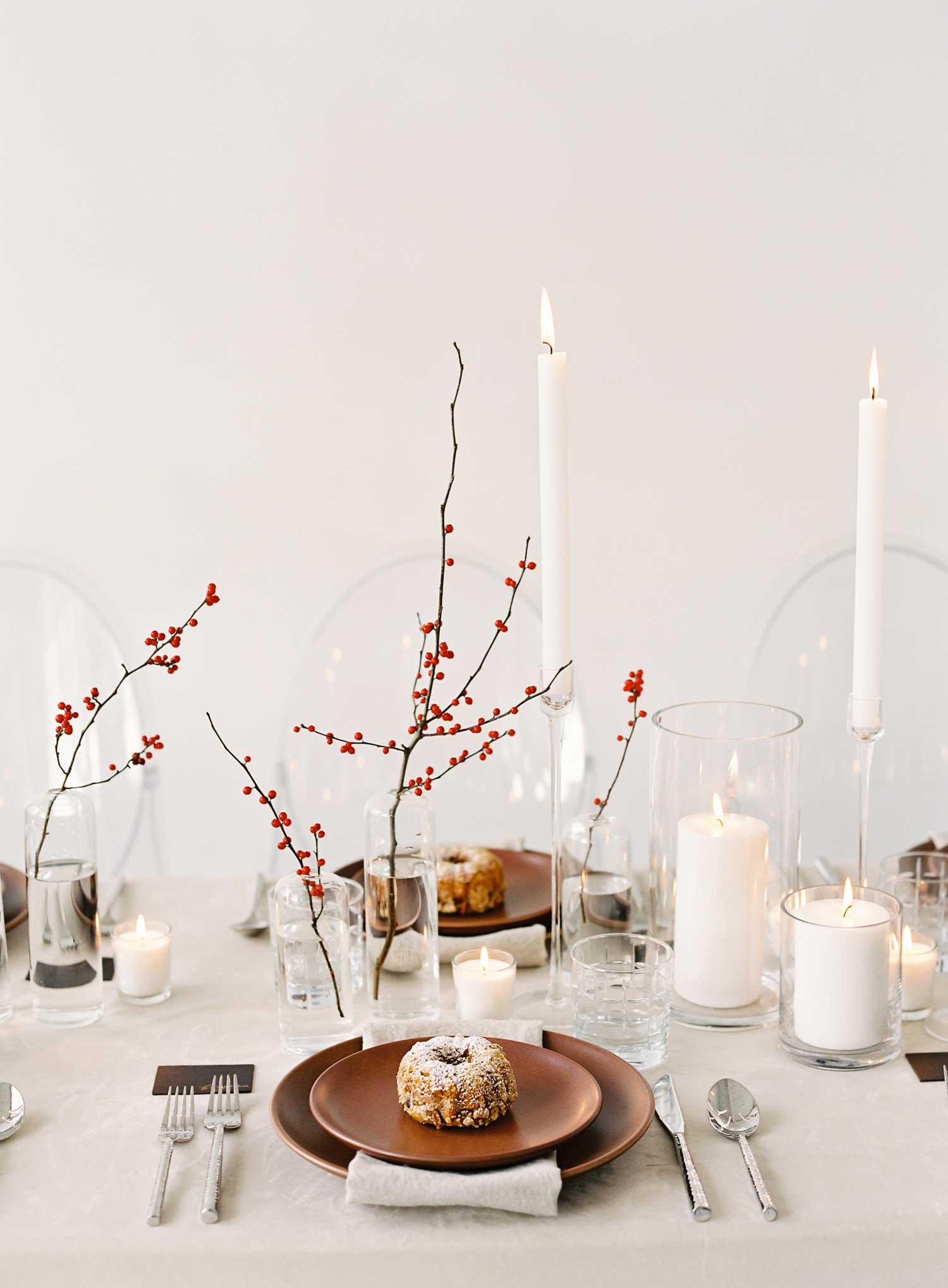 Holiday tabletop ideas wedding shoot with neutral holiday tablescape winter fall party entertaining ideas red holiday