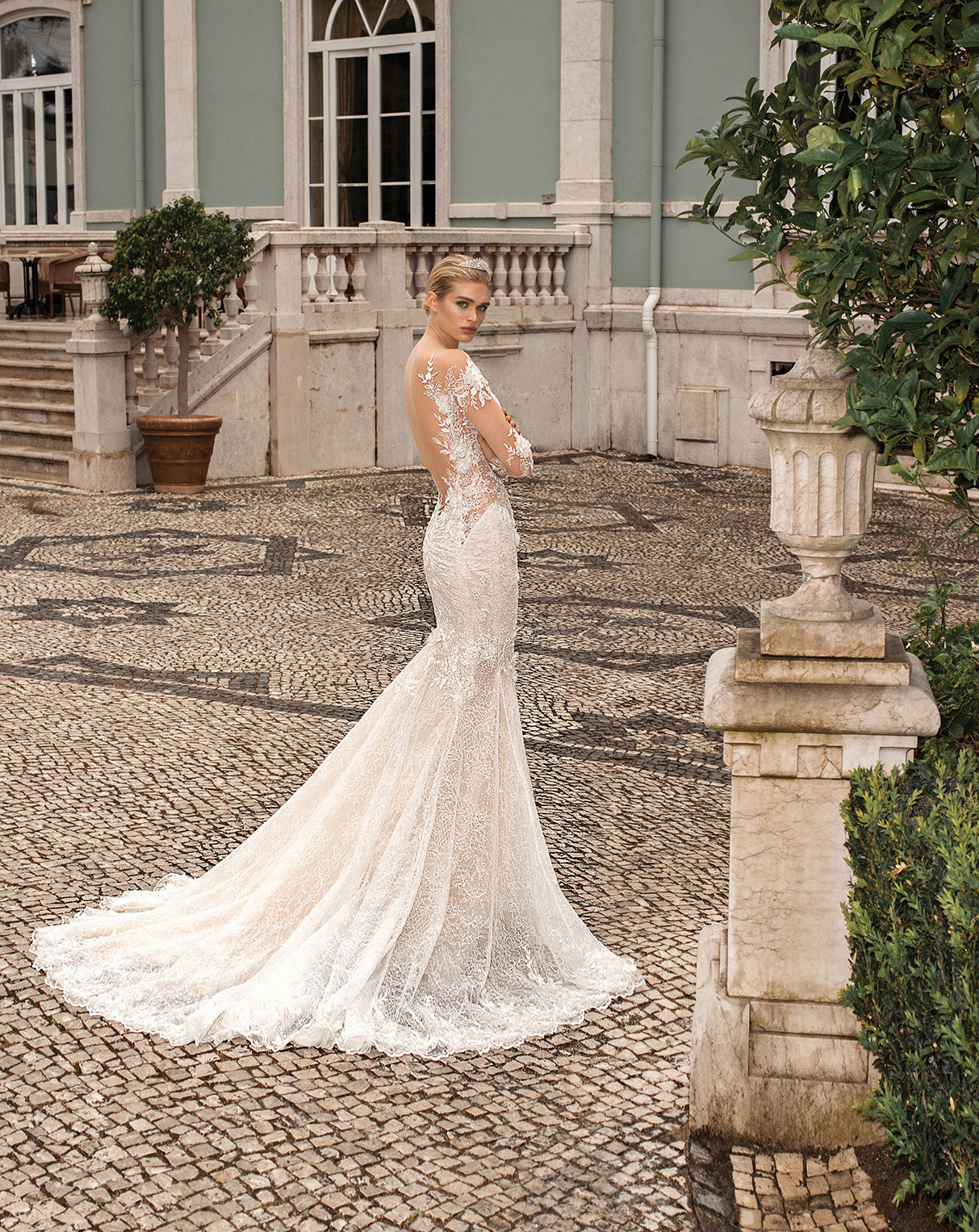 Galia Lahav Alegria Collection Nissa wedding dress mermaid gown applique sweetheart neckline low back