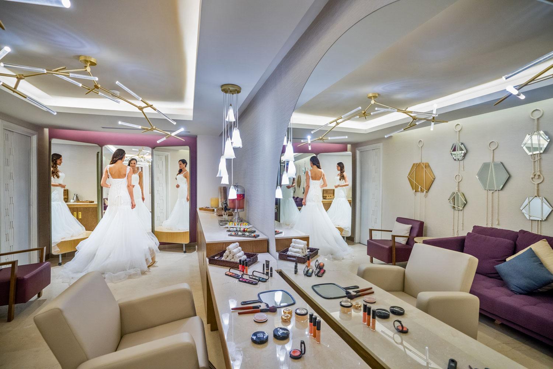 Hyatt Zilara Cancun Playa Resorts Zen Spa beauty salon bridal suite bride in wedding dress