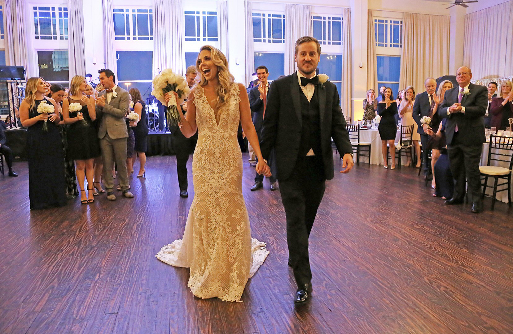 surprise wedding, how to have a surprise wedding, steps to throwing a surprise wedding
