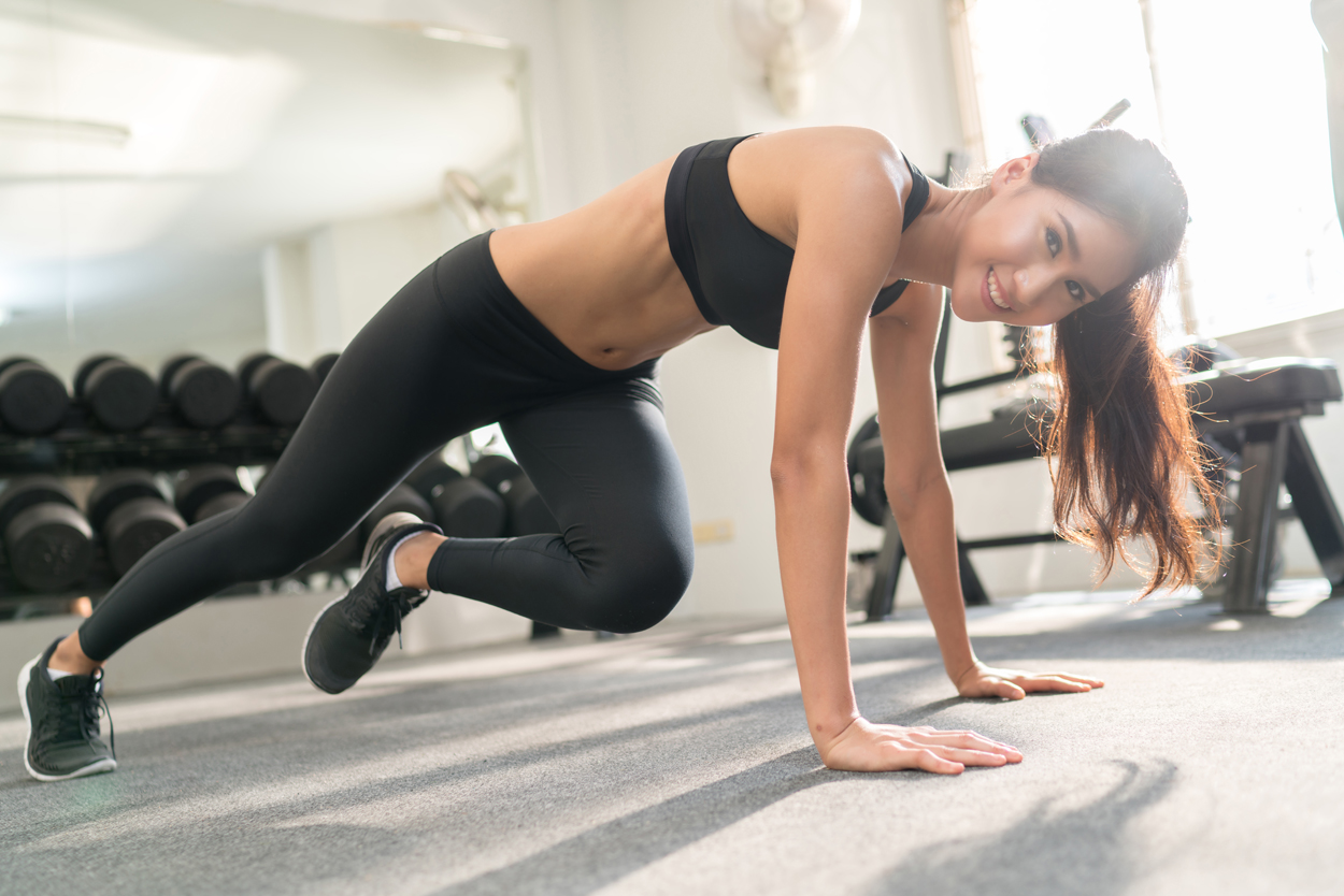 mountain climbers, bridal workout tips for backless dresses