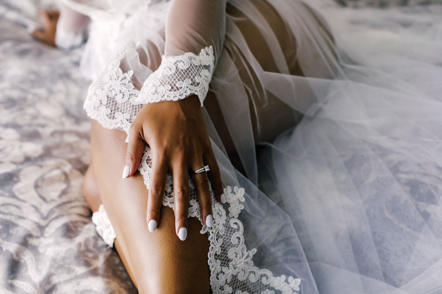 boudoir bridal photo session by amy anaiz photography