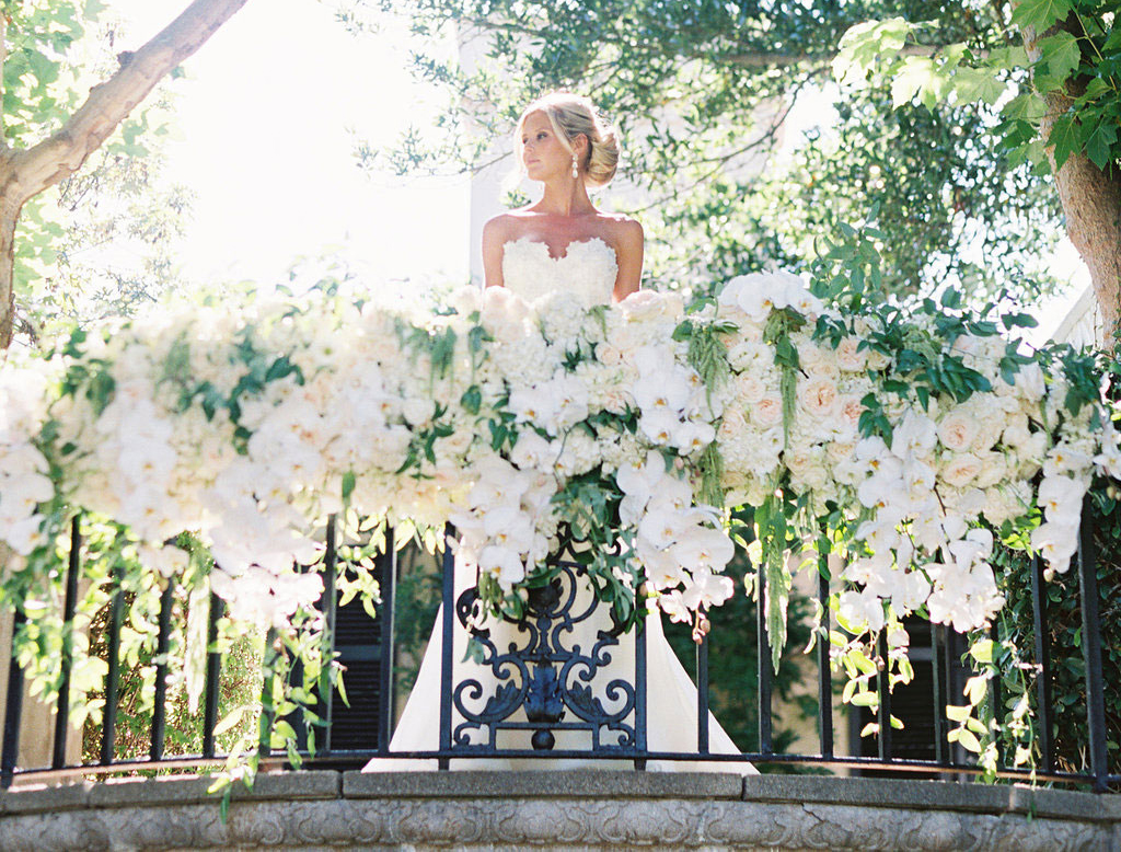 how to make a grand entrance at your ceremony, grand entrance ideas for your wedding