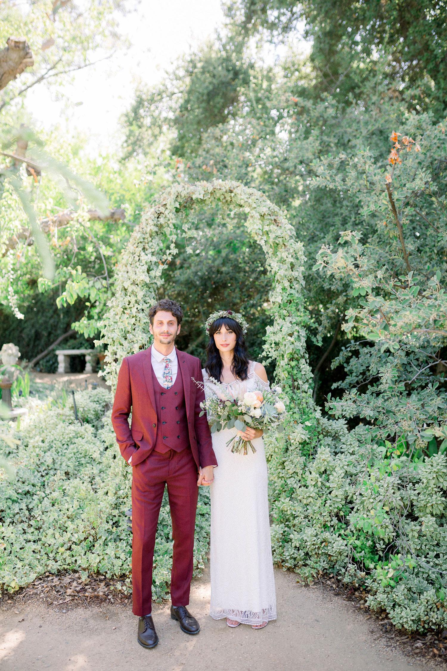 Vegan wedding couple ashley frohnert and tony safran