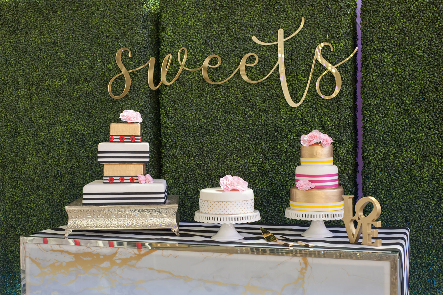 UNVEILED - The Ultimate Wedding Planning Event by The Wedding Guys in Minnesota - sweet cake dessert station
