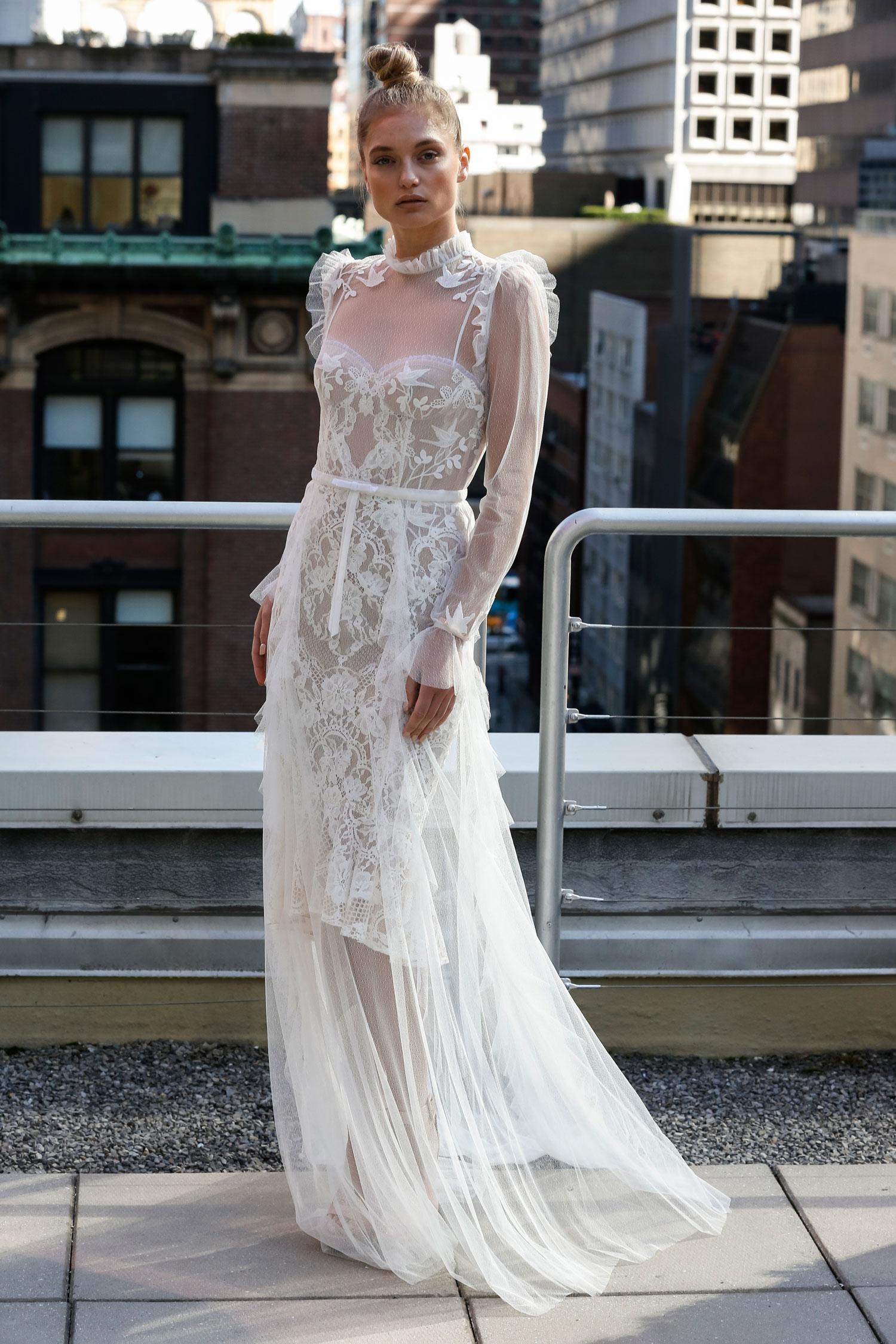 Eisen Stein love birds lace long sleeve wedding dress with frills puffy sleeves