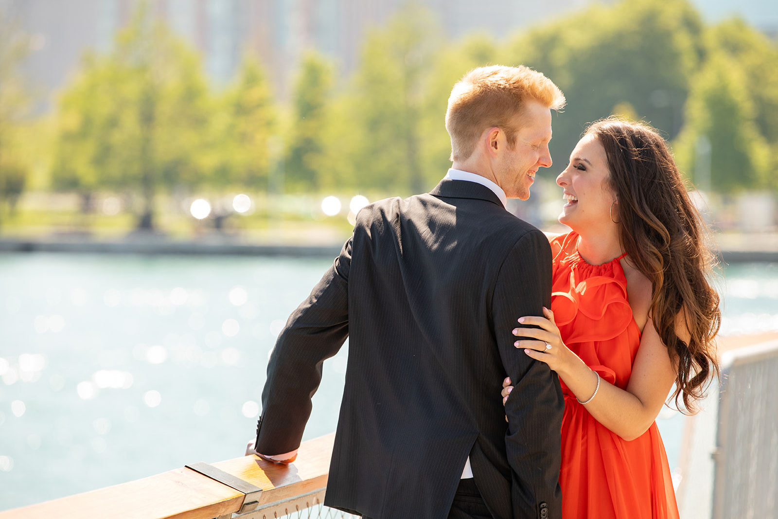 Chicago engagement photo shoot e-session collin pierson photography navy pier laughing photo