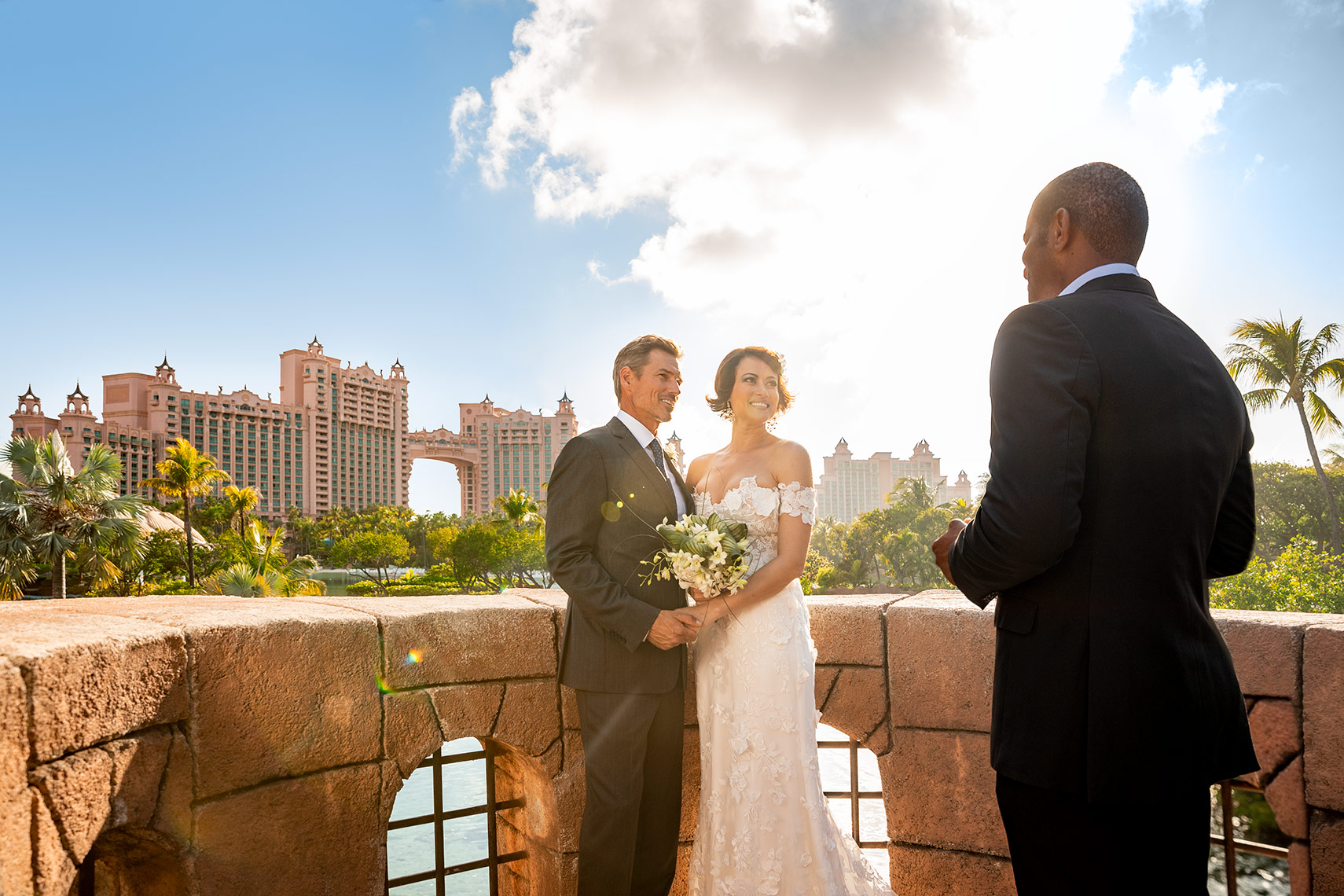 intimate small wedding ceremony at Atlantis Paradise Island destination wedding ideas in the bahamas