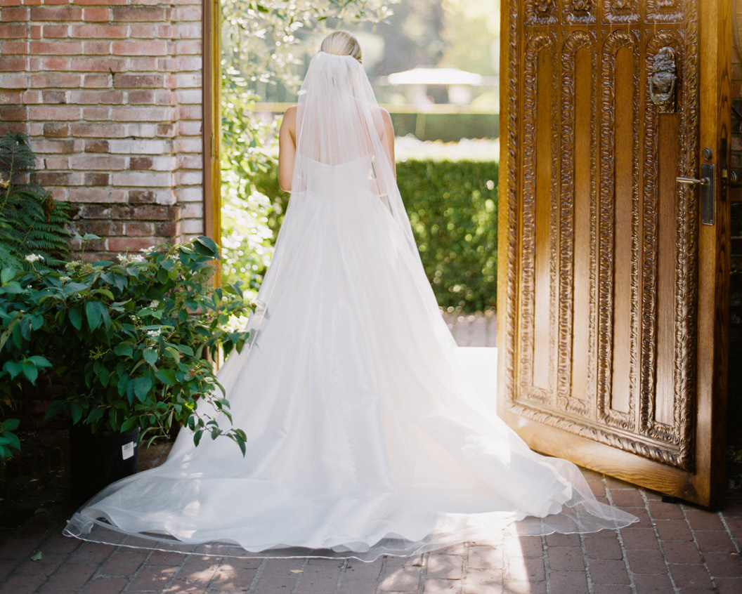 how to handle a disappointing wedding day