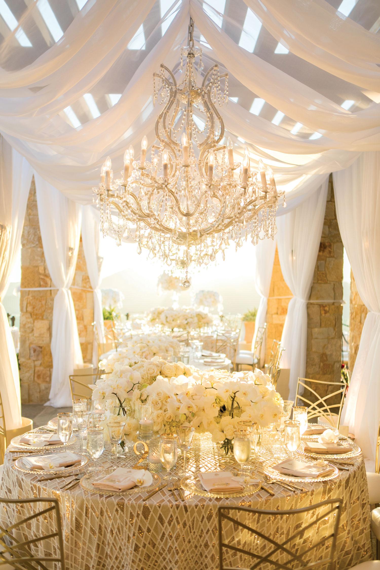 luxury real wedding reception at malibu rocky oaks designed by tessa lyn events
