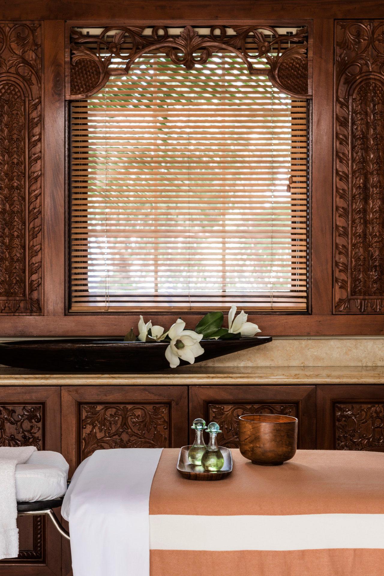 massage at spa at the ocean club a four seasons resort bahamas