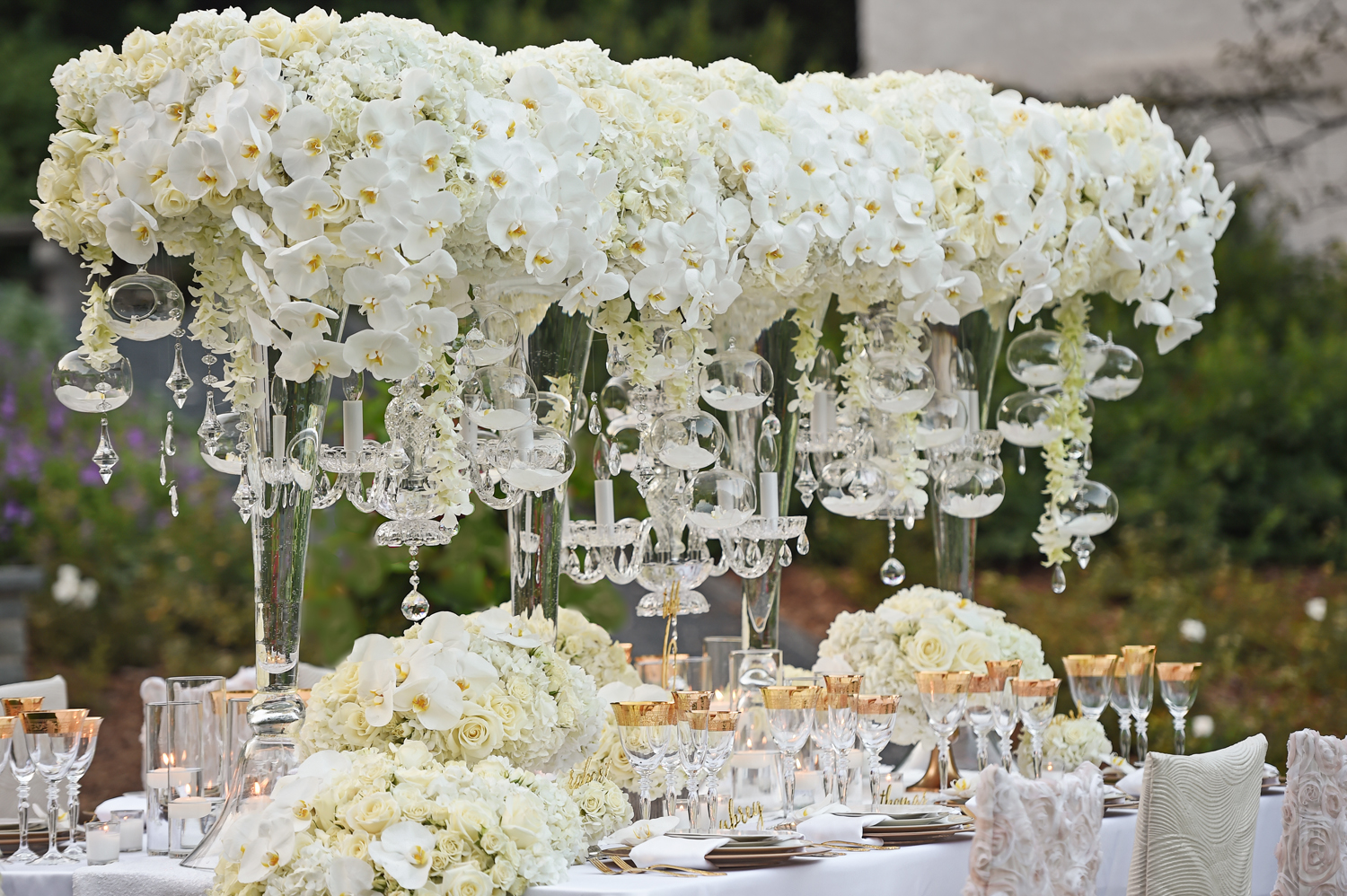 wedding reception table styled shoot italian renaissance theme white flowers gold details