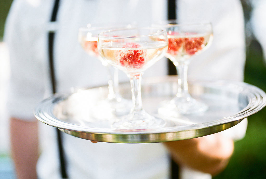 signature cocktails at wedding, how to make a wedding cocktail hour special