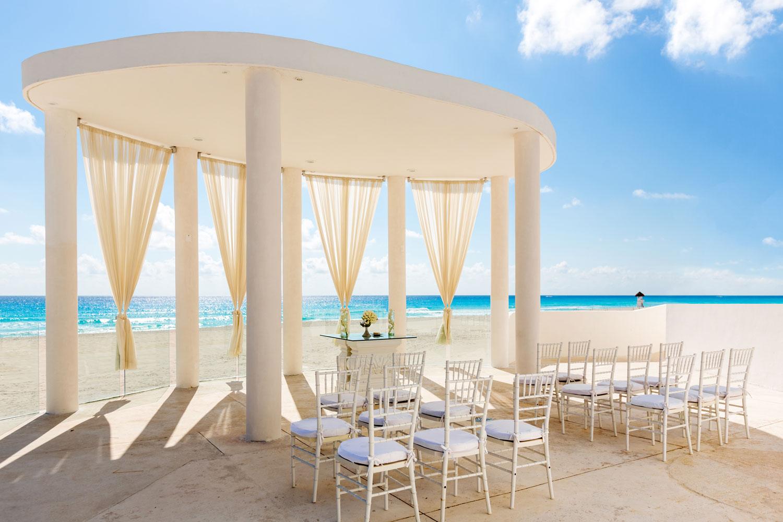 Le Blanc Spa Resort destination wedding venue in mexico ocean view ceremony