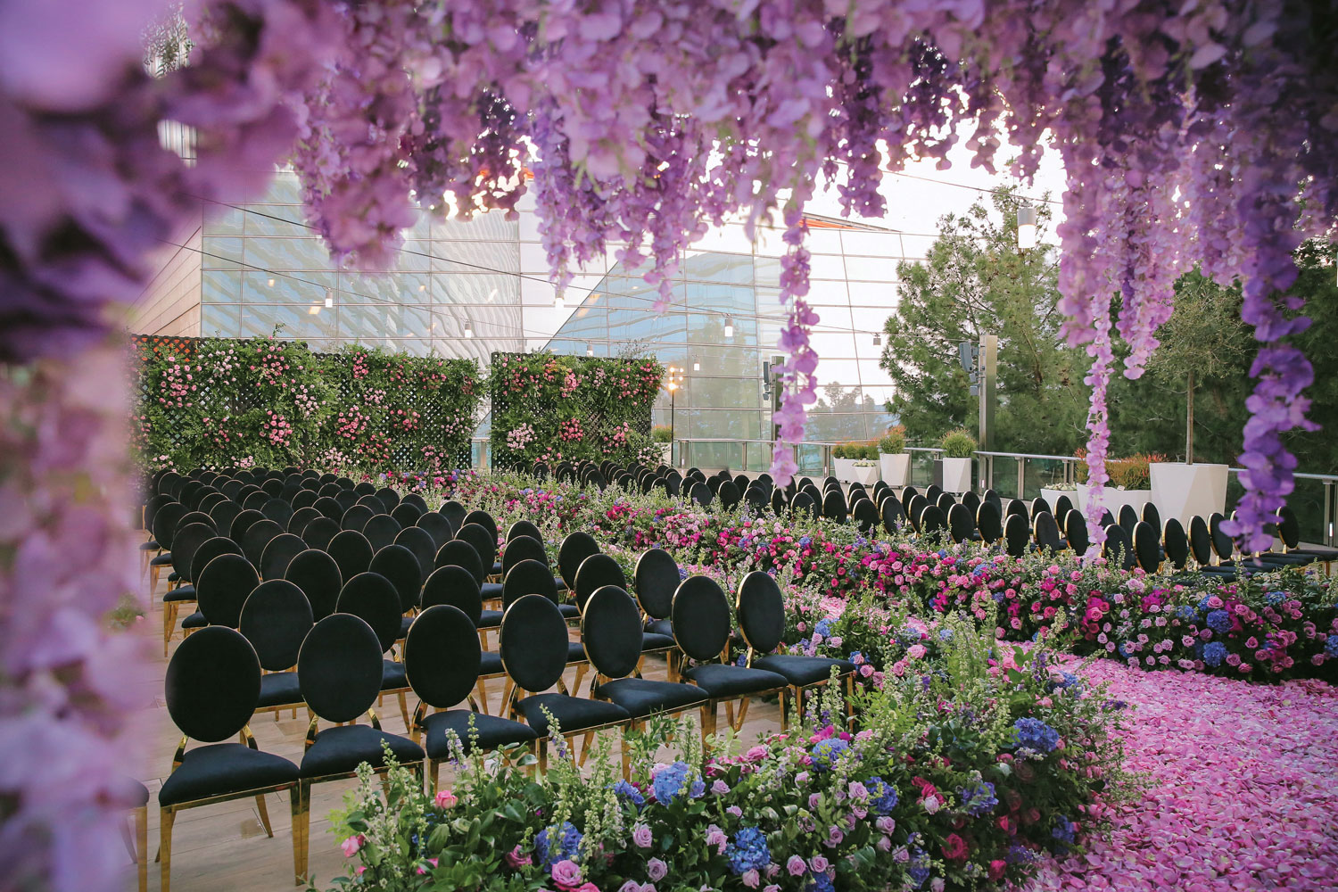 Inside Weddings magazine winter 2020 issue preview magical ceremony in las vegas purple flowers