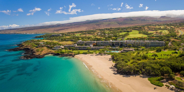 Hawaii Big Island wedding ideas travel and honeymoon tips