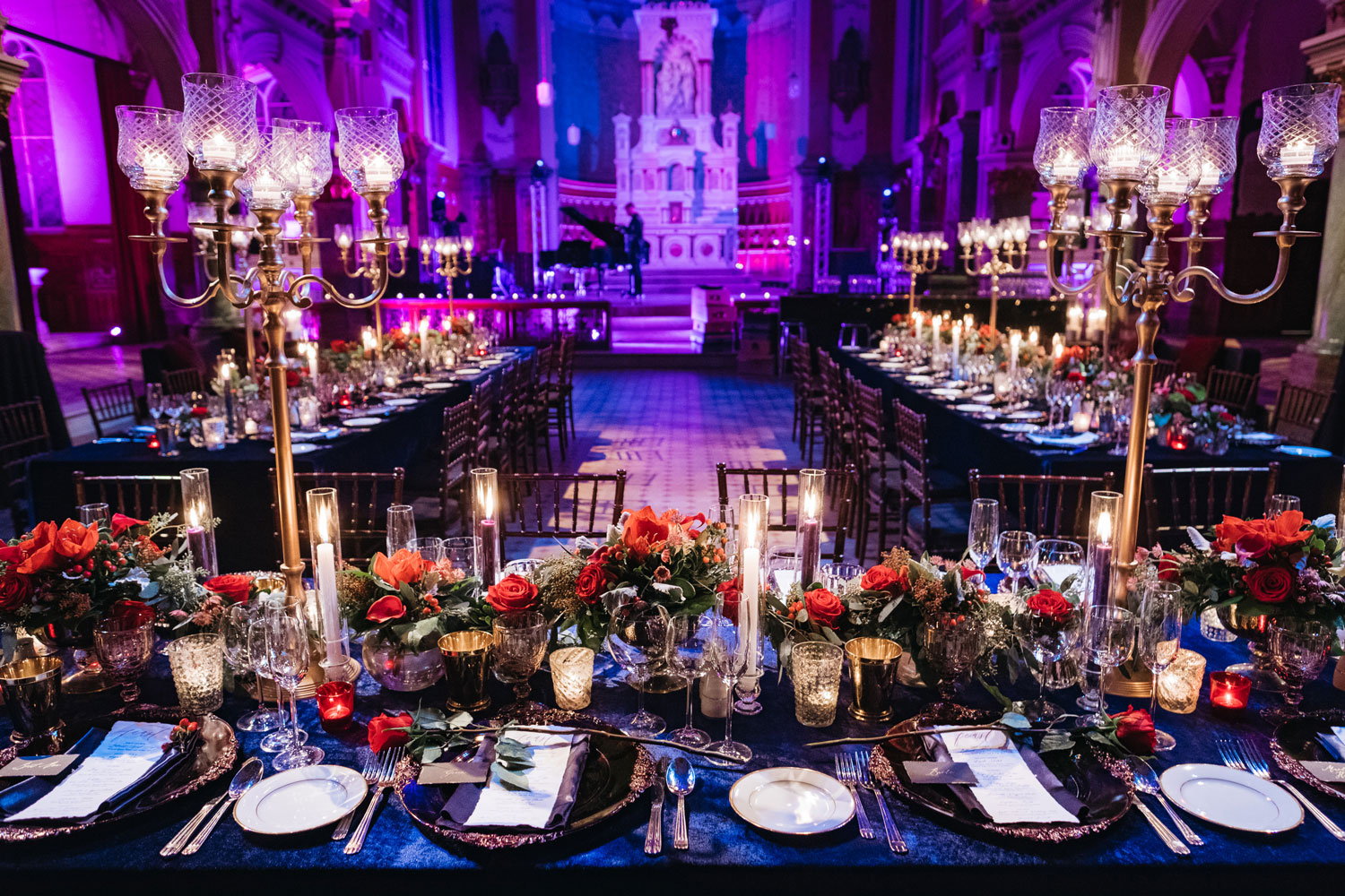 pantone color of the year 2020 classic blue wedding ideas blue reception linens
