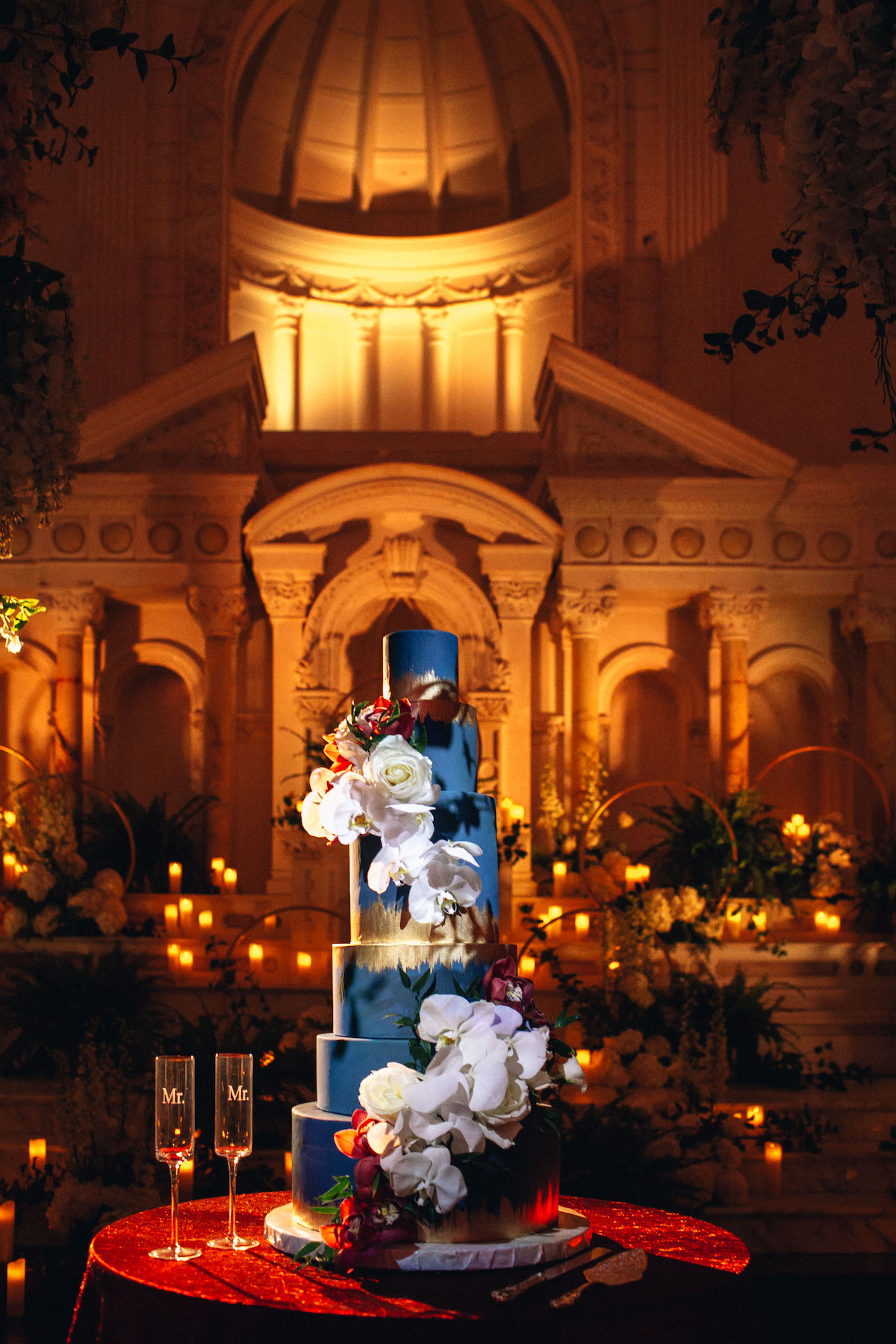 pantone color of the year 2020 classic blue wedding ideas blue wedding cake
