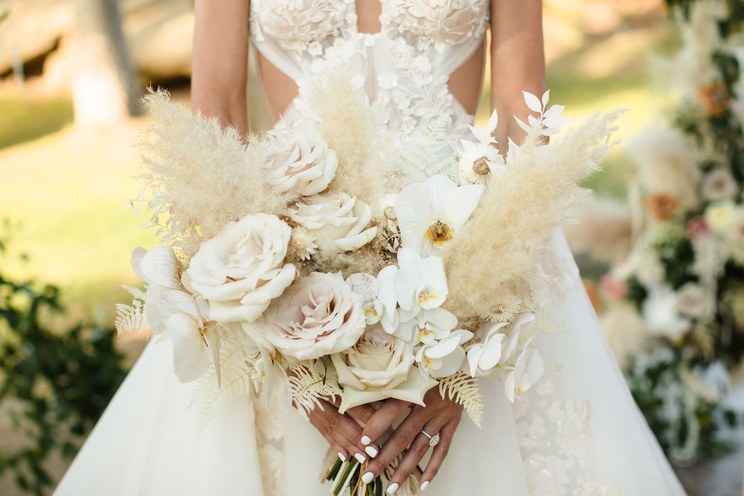 Top Chef Marcel Vigneron and Lauren Rae Levy real wedding planned by Tessa Lyn Events wedding bouquet pampas grass