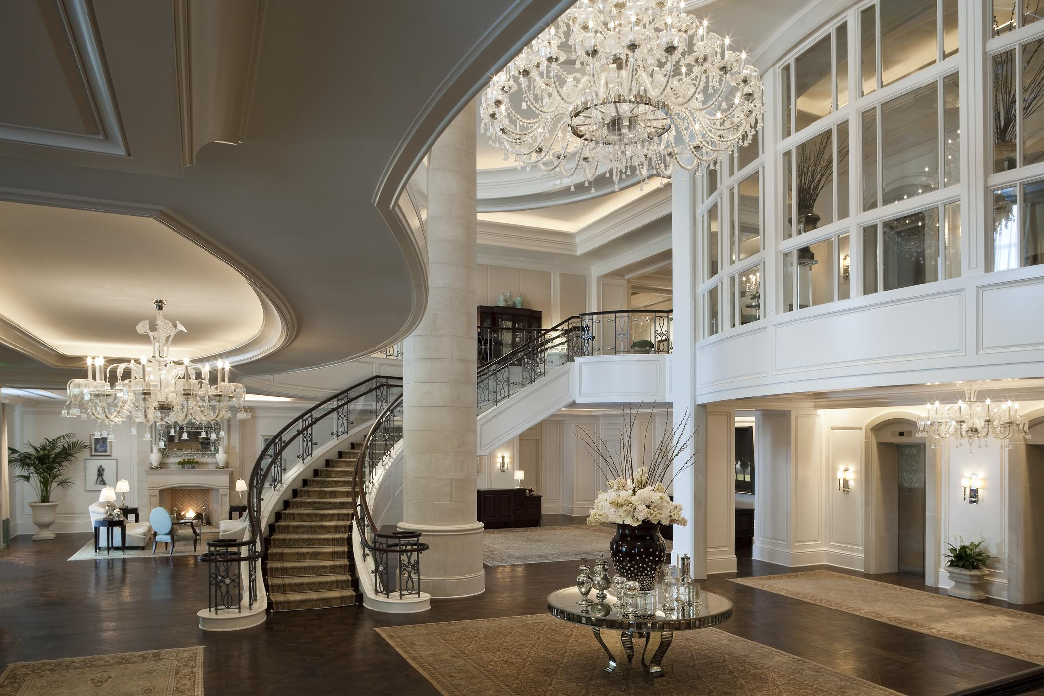 Getaway package for grooms plus a wedding cake by sylvia weinstock boasting five star accommodations luxurious amenities and impeccable event spaces the st regis atlanta is now also offering world class packages to arubaitofo Gallery